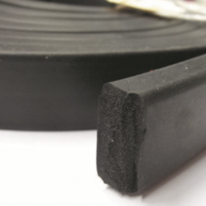 EPDM SPONGE RUBBER EXTRUSION - 3 X 8MM - LENGTH 30M